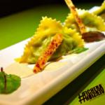 Pansotti con salsa di noci e cialde croccanti di parmigiano #ficheraversion